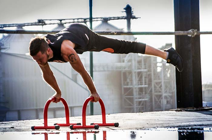 parallettes exercises from beginner to advanced pull up mate rh pullupmate co uk parallette training guide book GMB Parallette Training